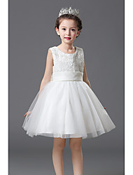 A-line Knee-length Flower Girl Dress - Lace / Satin Sleeveless Jewel with Bow(s) / Lace / Sash / Ribbon