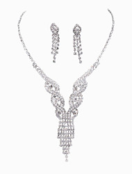 The Creative Rhinestone Necklace Set