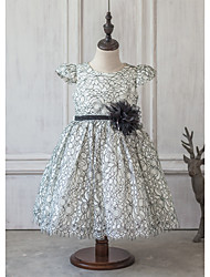 Princess Knee-length Flower Girl Dress - Satin / Tulle Short Sleeve Jewel with Sash / Ribbon