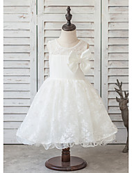 Princess Knee-length Flower Girl Dress - Satin / Tulle Sleeveless Jewel with Bow(s) / Lace