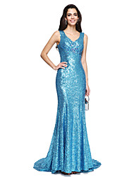 2017 TS Couture® Formal Evening Dress - Sparkle & Shine Sheath / Column V-neck Sweep / Brush Train Sequined with Beading / Pleats