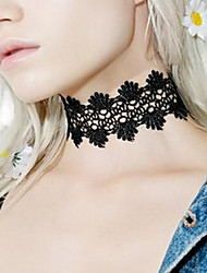 Women Fashion Personality Black White Lace Short Necklace Hollow Flower Pattern Lace Choker Gift 1pc