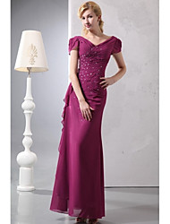 Sheath / Column Mother of the Bride Dress - Sparkle & Shine Floor-length Short Sleeve Chiffon with Beading