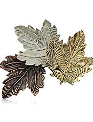 moda broches liga retro das mulheres pin chique diário / ocasional três folhas forma jóia acessório 1pc