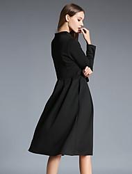 - Signent un nouvel hiver 2016 Slim v-cou robe à manches longues et de longues sections de tempérament swing big robe d'une ligne