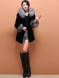 Women's Casual/Daily Cute Fur Coat,Solid Round Neck Long Sleeve Winter Black Faux Fur Medium