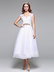 Lanting Bride® Trapèze Robe de Mariage  Tout Simplement Superbe Longueur Genou Festonnées Dentelle Tulle avecPerlage Noeud Dentelle