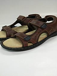 Темно-коричневый-Мужской-Для прогулок Для офиса Повседневный-КожаДругое Удобная обувь-Сандалии