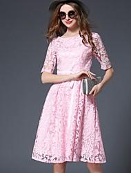 Damen Hülle Kleid-Lässig/Alltäglich Einfach Stickerei Rundhalsausschnitt Knielang ½ Länge Ärmel Blau Rosa Polyester Frühling Sommer