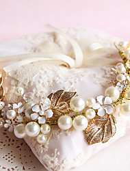 The New South Korean Fashion Golden Manual Headdress The Bride Pearl Headdress Wedding Dress Accessories 1PCS