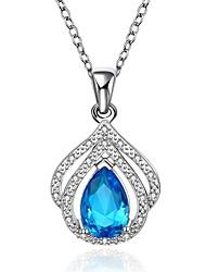 Pendentif de collier Aigue-marine Zircon cubique Forme Géométrique Goutte Cristal Zircon Cuivre Plaqué orBasique Original Pendant