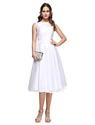 2017TS Couture® Formal Evening Dress - Elegant A-line Bateau Tea-length Taffeta with Beading Sash / Ribbon Pleats