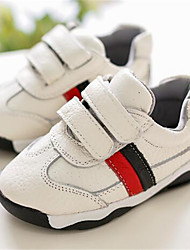 Girl's Flats Comfort PU Outdoor Athletic Casual Black White Running