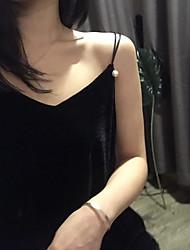 Spot spring new Korean solid color deep V-neck beaded temperament short paragraph velvet camisole women