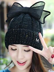 casquillo del oído protección cálida lana de color sólido letra m bowknot de la cachemira de punto de las mujeres