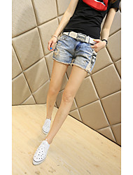 2015 new Korean ladies fashion models wild tide was thin wear white jeans female shorts