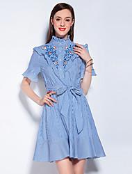 Для женщин На выход На каждый день Праздник Винтаж Очаровательный Уличный стиль А-силуэт Оболочка Платье Цветочный принт,Воротник-стойка
