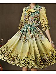 Grosse robe de jupe robe léopard arc cou manches robe spéciales