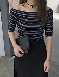 assinar versão coreana do novo colar de camisa listrada vazamento ombro apertada camisa de malha feminina de manga curta