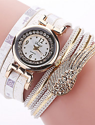 New Fashion Women Casual Tassel Pendant Quartz Watch Casual Women Ladies Hours Bracelet Watch Gift