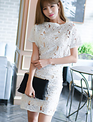 Real shot summer 2017 European Grand Prix in the long section of high-end fashion loose hollow water-soluble lace dress