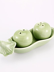 """""""Two Peas In A Pod"""" Salt & Pepper Shakers Favors"""