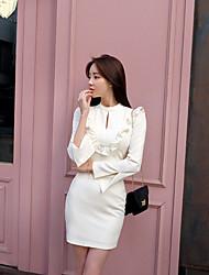2017 корейских версия новых женщин тонкий тонкий с длинными рукавами вокруг шеи короткий пункт платье волнистые края