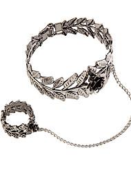 Femme Bracelets Bagues Bijoux Mode Vintage Style Punk Gemme Alliage Forme Géométrique Argent Bijoux Pour Occasion spéciale 1pc