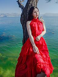 2017 summer new halter strapless flounced irrégulier sur une grande robe en mousseline de soie rouge tir réel