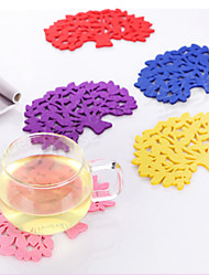 1 Pcs Home Kitchen Table Lovely Felt Tree Shape Hot Milk Coffee Coasters Cup Pad Mat Random Color