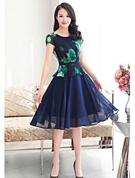 Damen Skater Kleid-Lässig/Alltäglich Einfach Druck Rundhalsausschnitt Midi Kurzarm Polyester Sommer Hohe Hüfthöhe Unelastisch Dünn