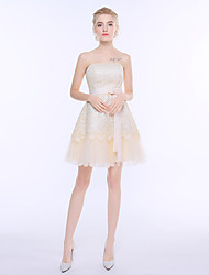 Short / Mini Lace Tulle Bridesmaid Dress - Sheath / Column Strapless with Bow(s)