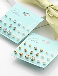 Mulheres Brincos Curtos Imitação de Pérola Gema Básico Multi-maneiras Wear bijuterias Imitação de Pérola Liga Forma Redonda Bola Jóias