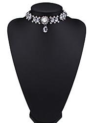 Жен. Ожерелья-бархатки Бижутерия Бижутерия Драгоценный камень Сплав Мода Euramerican Белый Цвет радуги Красный Светло-синий Бижутерия Для
