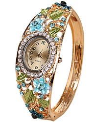 Женские Модные часы Часы-браслет Уникальный творческий часы Кварцевый сплав Группа Винтаж Кольцеобразный Cool Повседневная Креатив