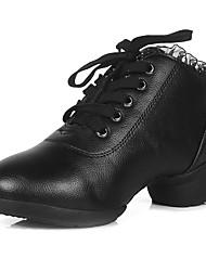 Maßfertigung Damen Tanz-Turnschuh Absätze Sneakers Praxis Spitzen Gerafft Spitzen Top Blockabsatz Schwarz Unter 2,5 cm