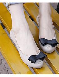 Feminino Sandálias Borracha PVC Primavera Preto Fúcsia Azul Rasteiro