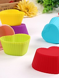 Random Color Set of 12 Reusable and Non-stick Heart Shape Silicone Baking Cups / Cupcake Liners/Muffin Cup Molds