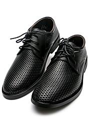 Masculino Sapatos De Casamento Sapatos formais Pele Napa Todas as Estações Casamento Casual Festas & Noite Sapatos formais RasteiroPreto