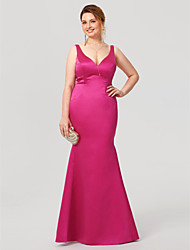 Mermaid / Trumpet V-neck Floor Length Satin Formal Evening Dress with Pleats by TS Couture®