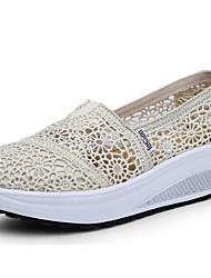 Для женщин Сандалии Удобная обувь Дышащая сетка Полиуретан Лето Повседневные Черный Бежевый Серый Красный 2,5 - 4,5 см