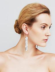 Femme Boucles d'oreilles Imitation de diamant Mode Personnalisé euroaméricains Bijoux Movie Bijoux de Luxe Bijoux Fantaisie Sexy Cuivre