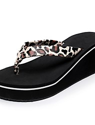 Для женщин Тапочки и Шлепанцы Удобная обувь Светодиодные подошвы Тапочки и шлепанцы Лето Искусственное волокно Повседневные Для праздника