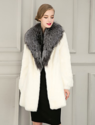 Women's Fashion Wrap Coats/Jackets Faux Fur Wedding Party/ Evening / Casual Long Sleeve Fur Lapels Coats/Jacket