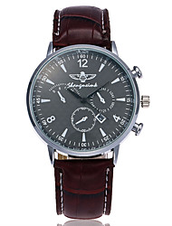 XU Men's Luxurious Elegant Quartz Leather Belt Business Calendar Wrist Watch Dress Watch