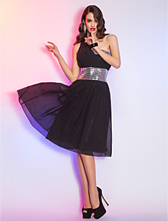 Sheath/Column  One Shoulder Knee-length  Chiffon And  Sequined  Cocktail Dress