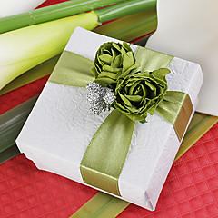Platz zugunsten Box mit grünen Rose (Satz 12)