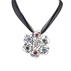 Europäische Fahion Stil (Blumen-Form)-Legierung beschichtet Lady Opulente Halskette (Bronze und Silber Farbe) (1 pc)