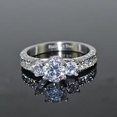 Pierścionki na palec środkowy sztuczna Diament Miłość luksusowa biżuteria Ślubny Stal nierdzewna Cyrkon Cyrkonia Round Shape Crown Shape