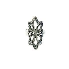 Prstýnky Dámské imitace drahokamu Slitina Slitina 6 / 7 / 8 Stříbrná Barva zdobení je zobrazena na obrázku.